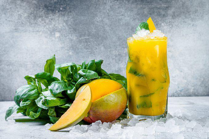 Домашний лимонад Манго-имбирь