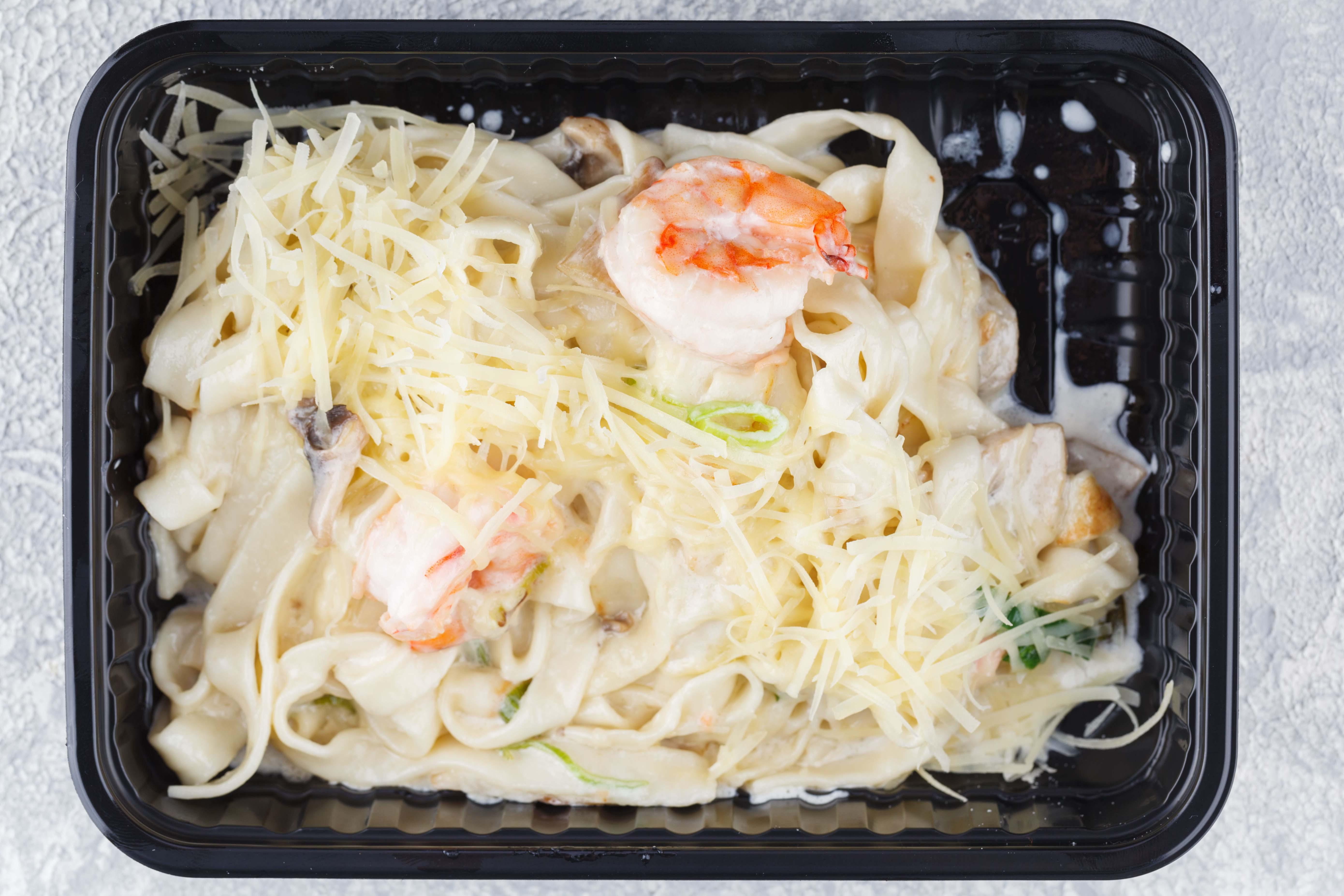 Fettuccine with seafood
